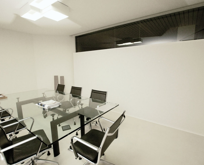 cortina invertida oficina
