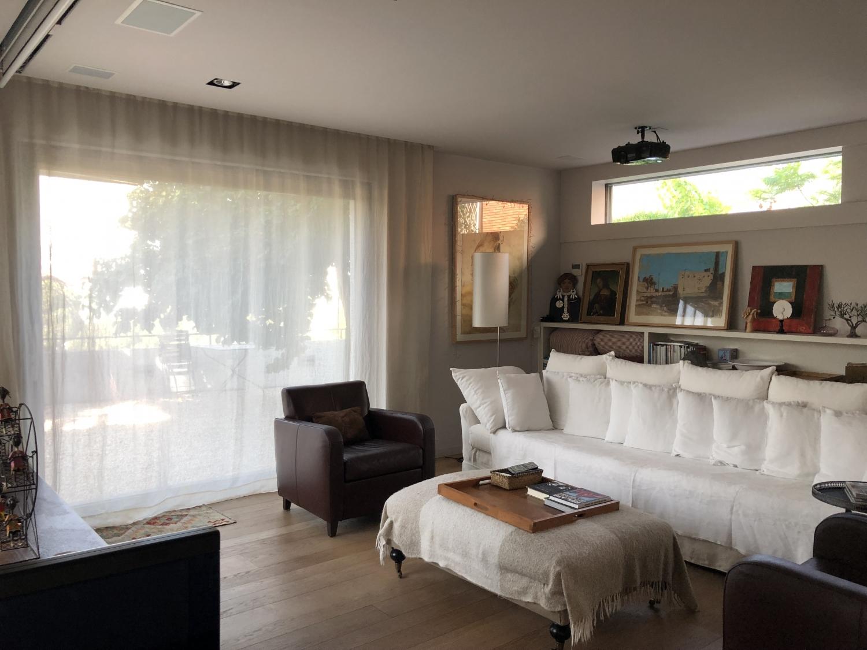 cortinas interiores y toldos para exterior